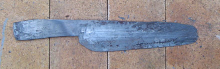 last forging heats to made sure the blade is flat and uniform